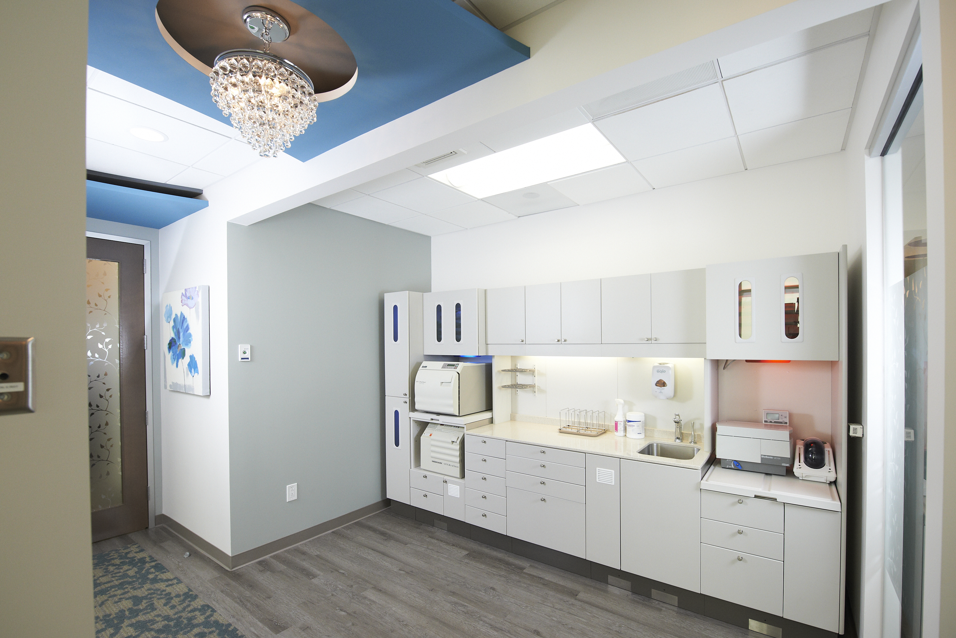 sterilization center at smiles by design in california