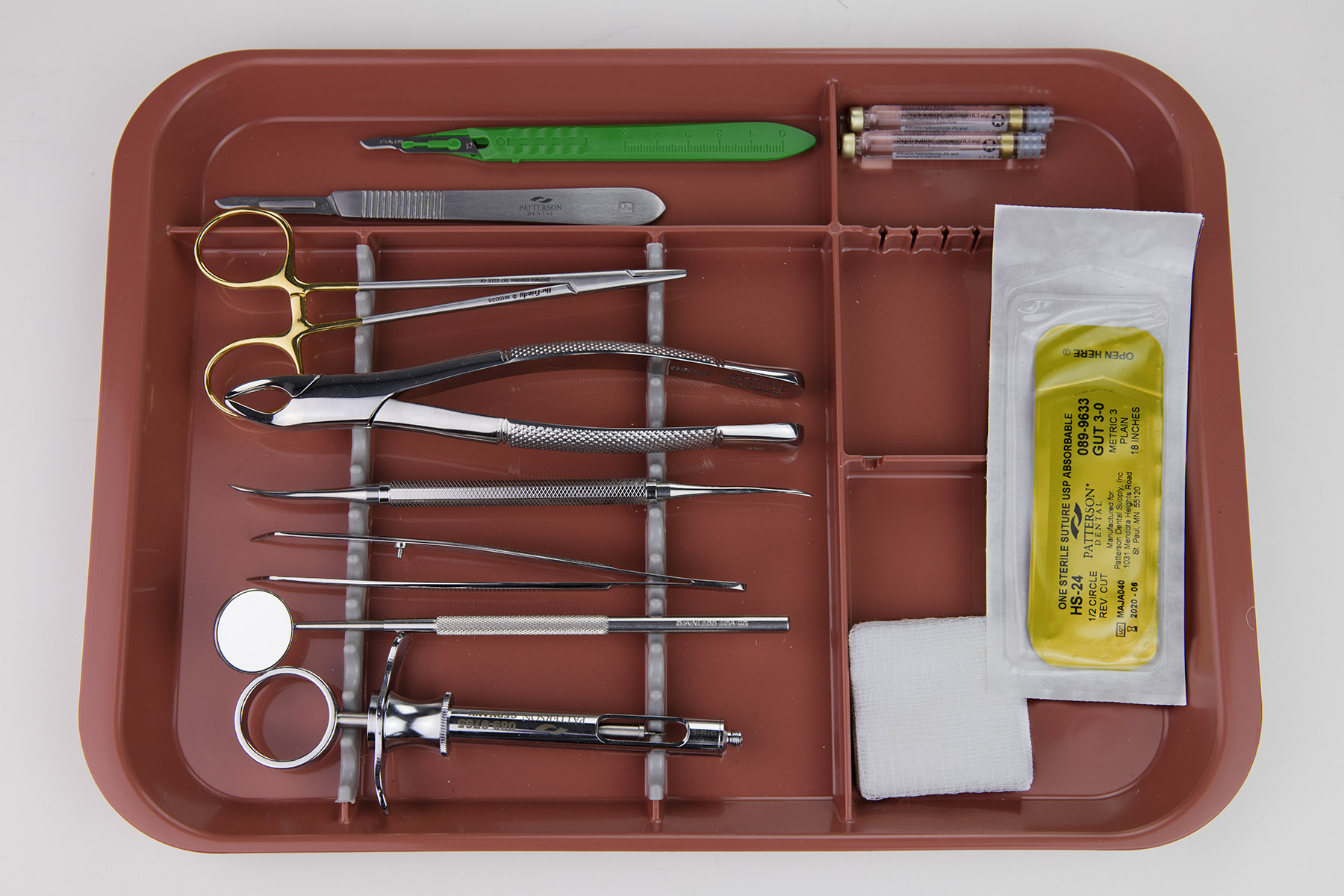 Oral Surgery Tray Setup
