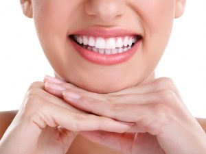 whiten your teeth this summer